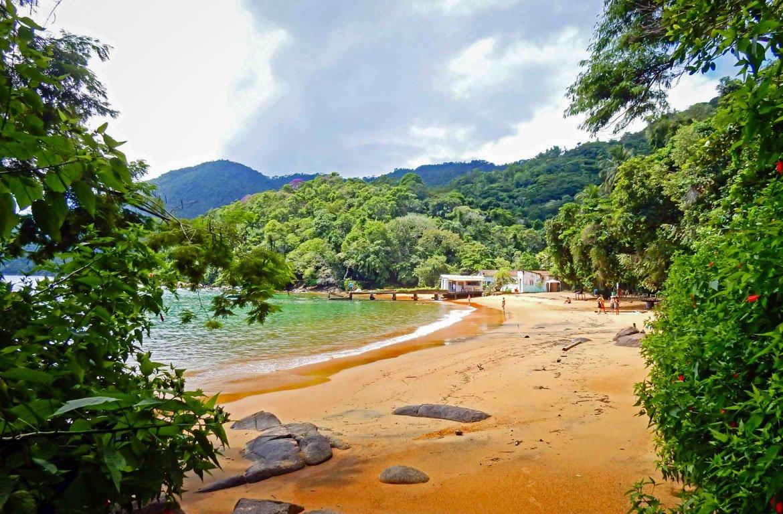 Praia em Angra dos Reis, Rio de Janeiro, Brasil