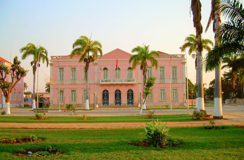 Edifício da Câmara Municipal de Benguela, Angola