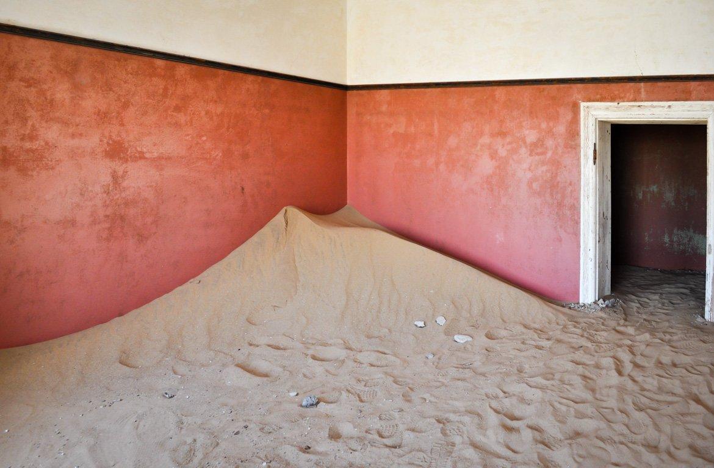 Prédios abandonados em Kolmanskop
