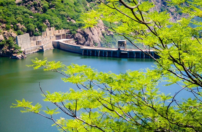 Barragem de Cahora-Bassa situa-se no Rio Zambeze, Moçambique