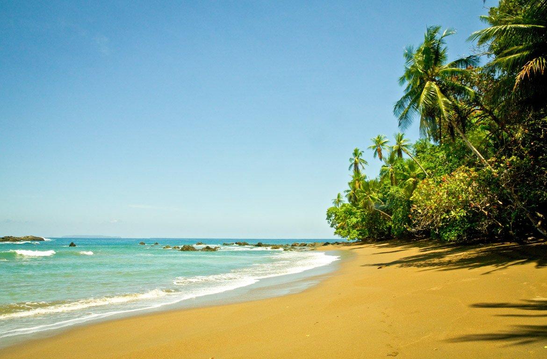 Praia no Parque Nacional Corcovado, Costa Rica.