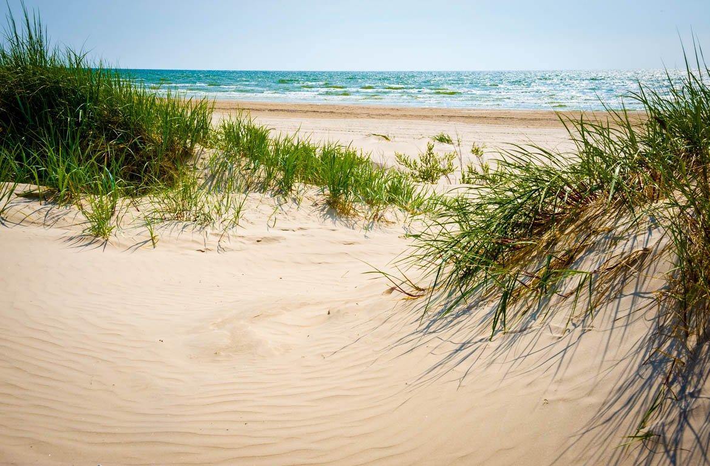 Dunas na praia de Jurmala, Letónia