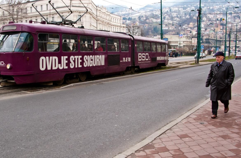 Eléctrico na cidade de Sarajevo, Mostar, Bósnia-Herzegovina