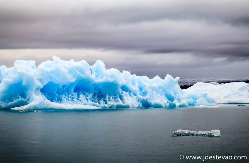 Jökulsárlón, Islândia, a sul do glaciar Vatnajökull