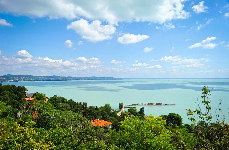 Vista aérea do Lago Balaton, Hungria