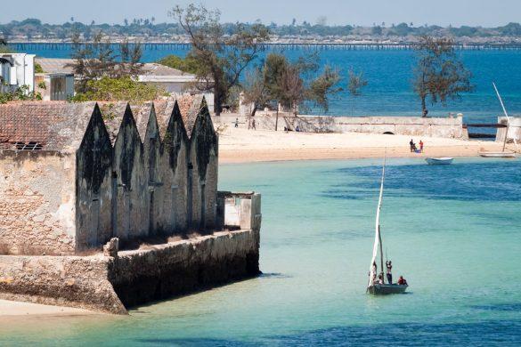 barco à vela na Ilha de Moçambique