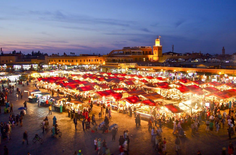 mercado de Marraquexe, em Marrocos.