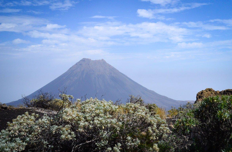 vulcão do Pico do Fogo, no Chã das Caldeiras, em Cabo Verde