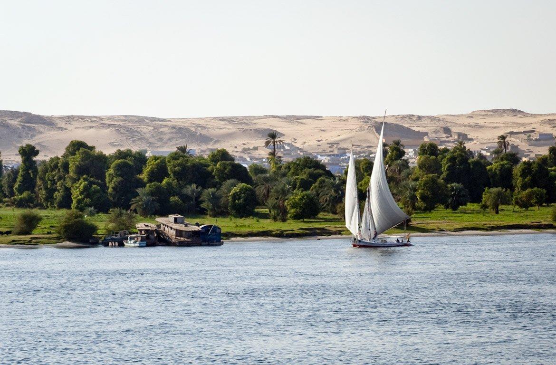 Barco à vela no Rio Nilo, Egipto.