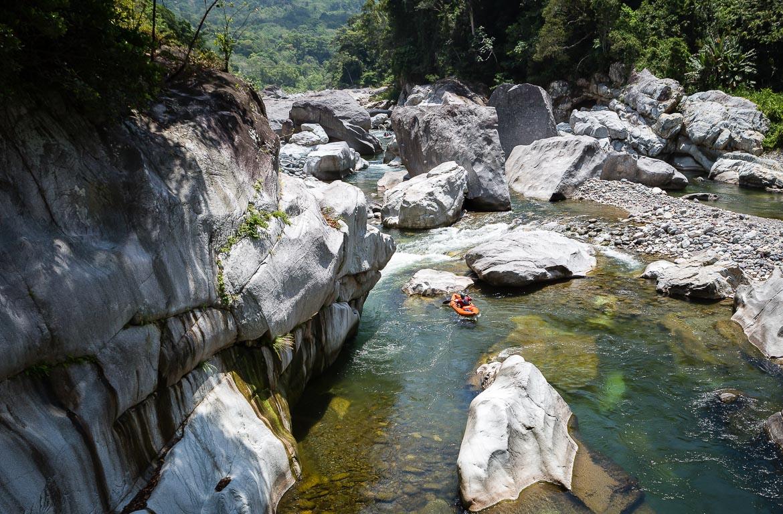 Kayak no Rio Cangrejal, Honduras