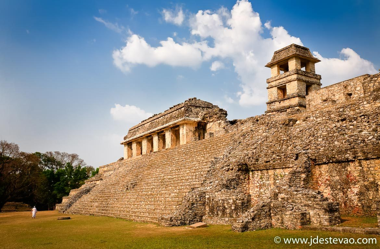 Templo em Palenque, Chiapas, México