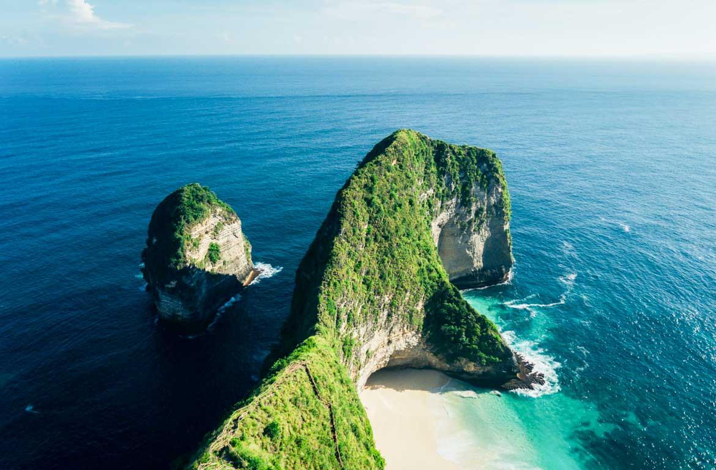 Praia Kelingking, Nusa Perida, Indonésia