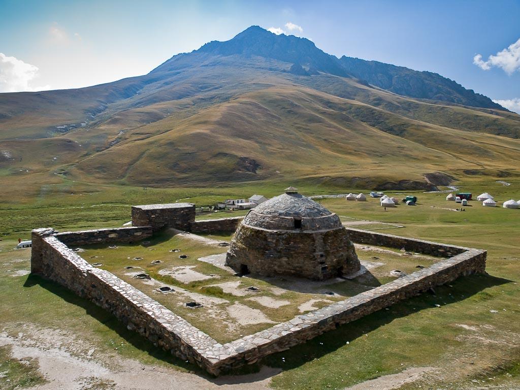 Tash Rabat, Quirguistão