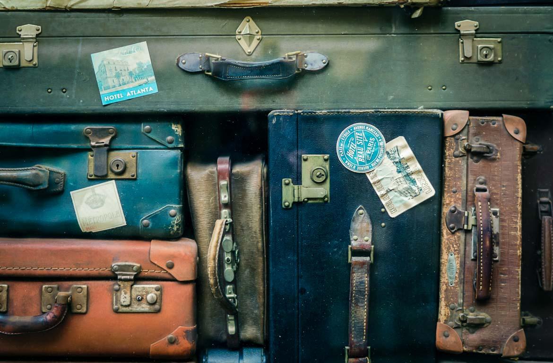 As regras para a bagagem de mão variam consoante cada companhia aérea.