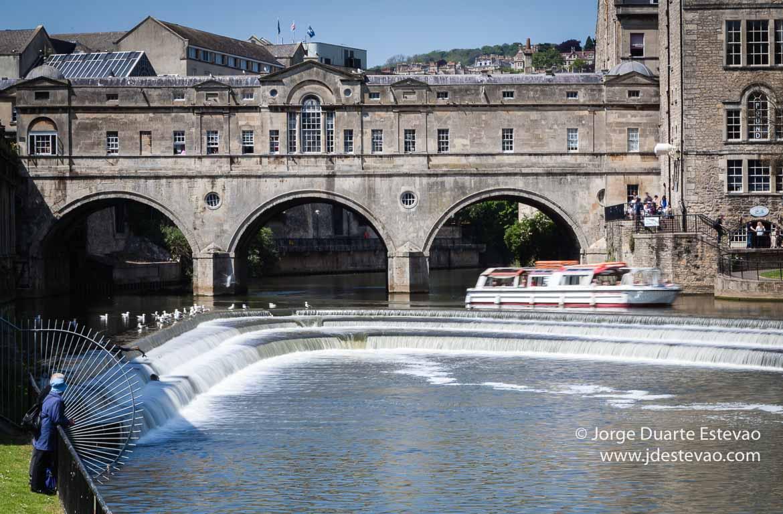 Uma das viagens desde Londres para fazer é até Bath