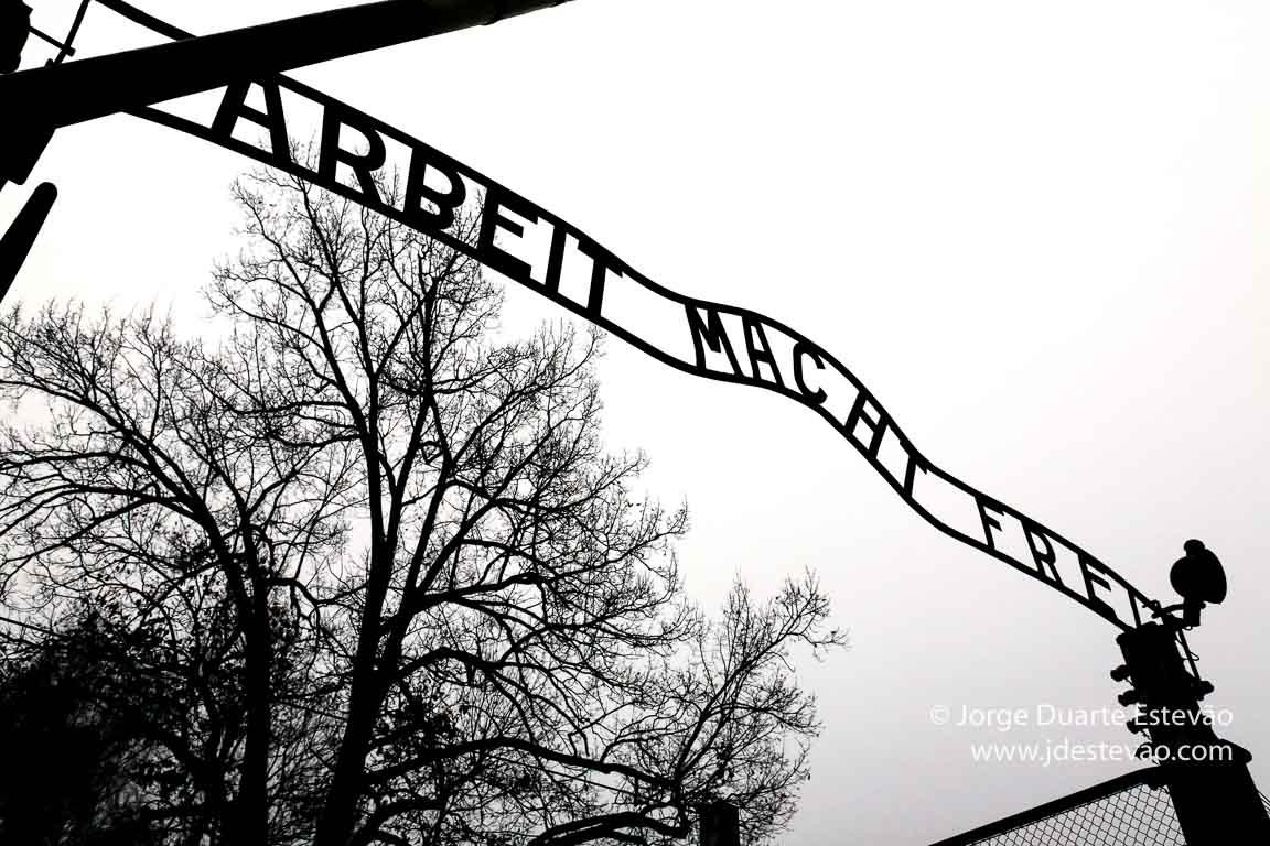 Entrada para Auschwitz