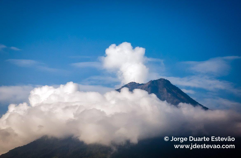 vulcao de fogo antigua guatemala