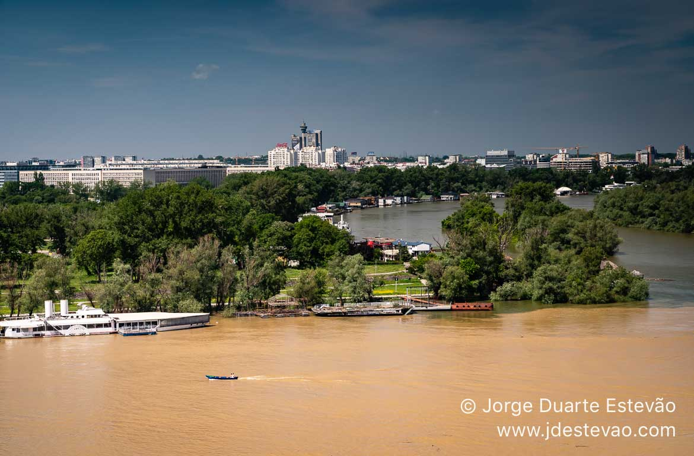 Rios Danúbio e Sava, em Belgrado