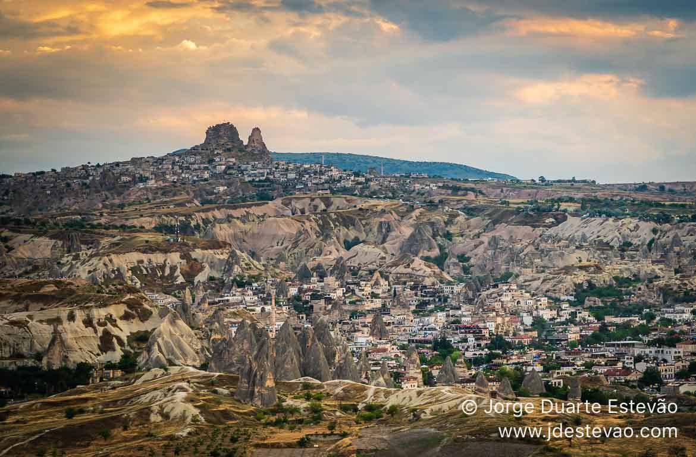 Castelo de Uchisar na Capadócia, Turquia