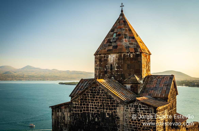 Lago Sevan e Mosteiro Sevanavank, Arménia