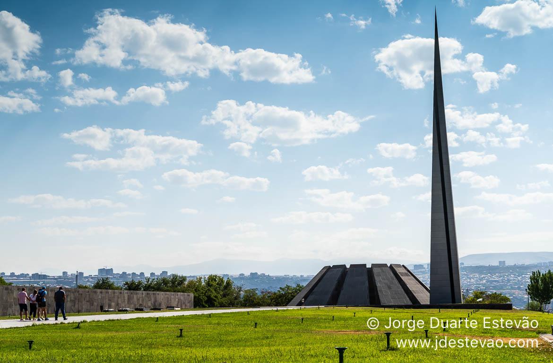 Memorial do Genocídio de Tsitsernakaberd, Yerevan, Arménia
