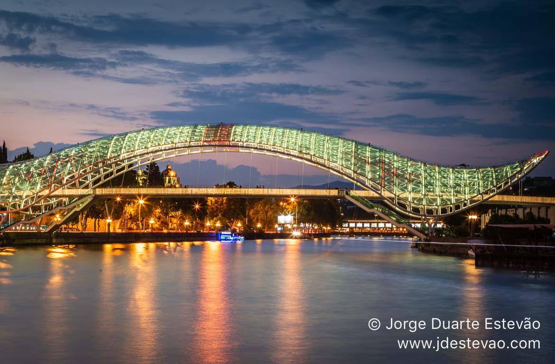 Ponte da Paz, Em Tbilisi, Geórgia