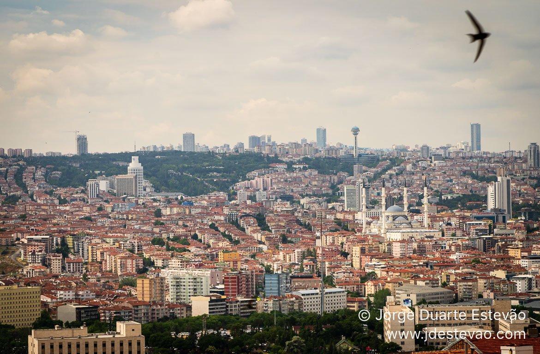 Torre Atakule, Ancara, Turquia