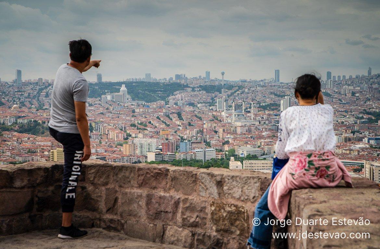 Turistas na Cidadela de Ancara, Turquia