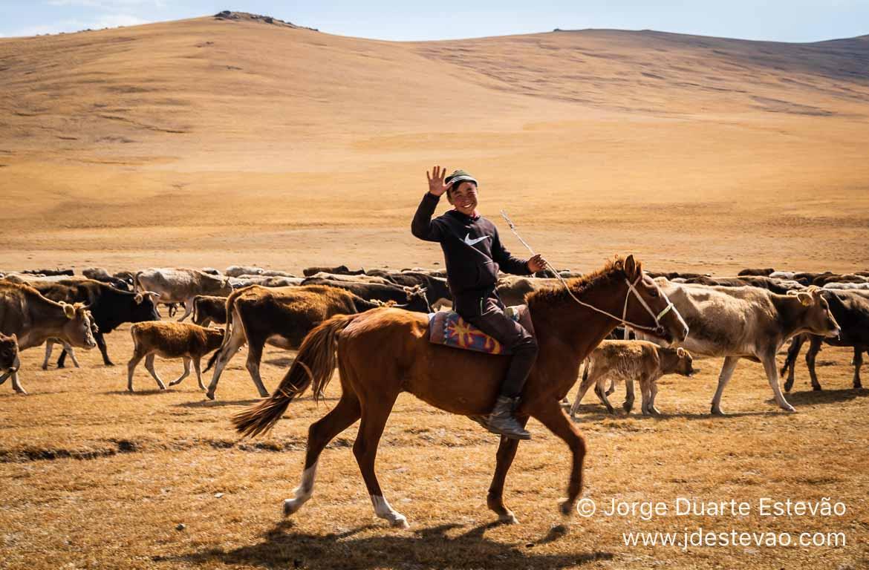 Pastor adolescente, Quirguistão, Ásia Central
