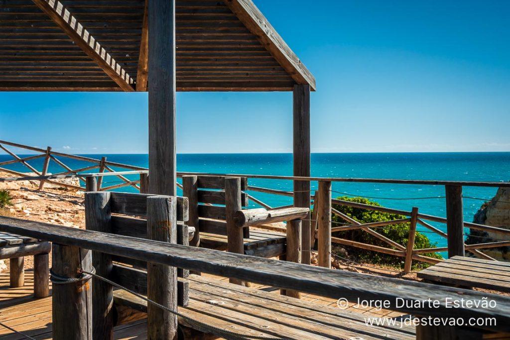 Área de descanso no Cabo Carvoeiro