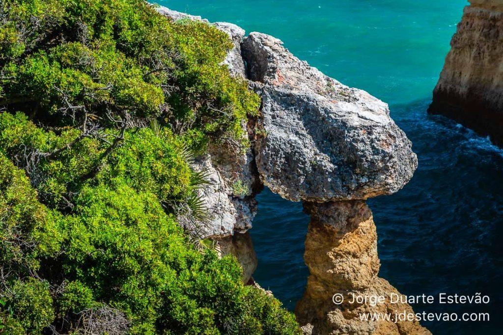 Cabo Carvoeiro, Sete Vales Suspensos