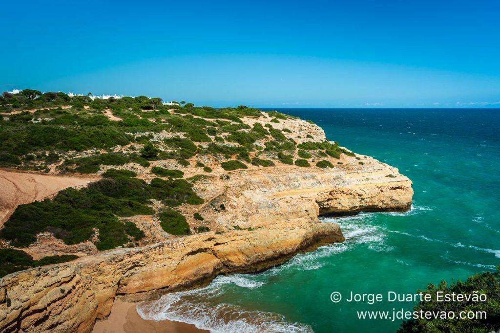 Praia do Carvalho, Sete Vales Suspensos