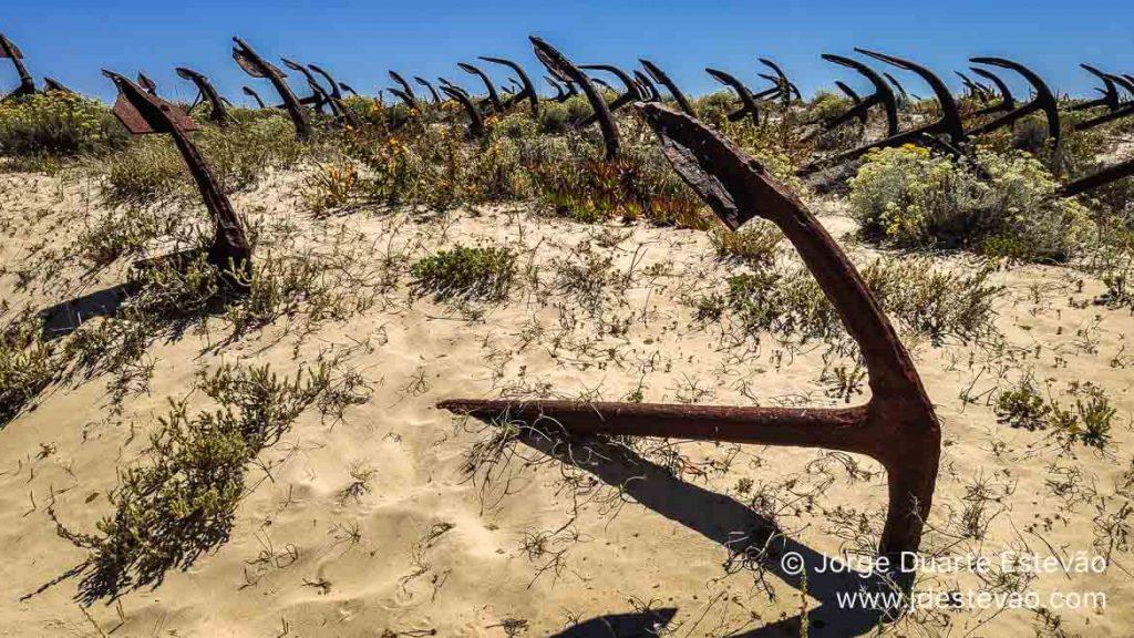 Cemitério de âncoras, Praia do Barril, Tavira