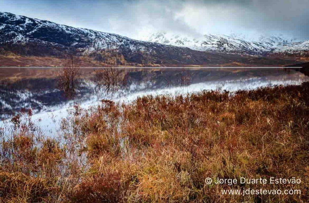 Lago nas Terras Altas, Escócia