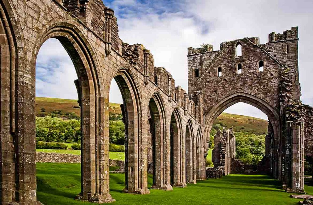 Llanthony Priory, Brecon Beacons, Gales