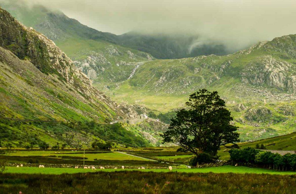 Vale de Llyn Ogwen, Snowdonia, Gales