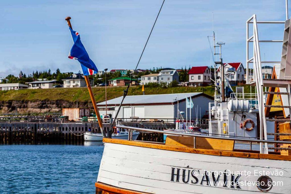 Barco em Húsavik, Islândia