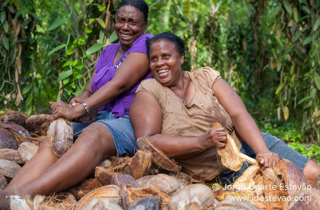 Habitantes locais a sorrir nas Seychelles, África