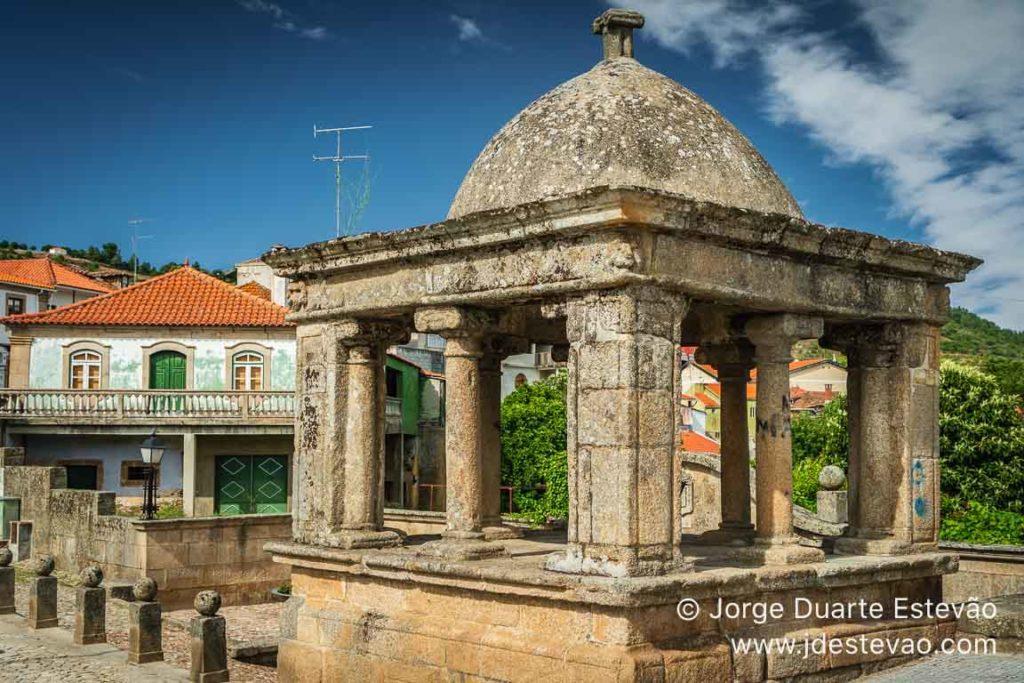 Fonte romana de Vila Flor